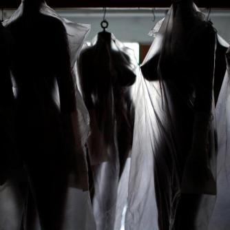 Deposito de bonecas sexuais